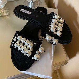Cape Robbin Black Pearl Slides Sandals Size 10